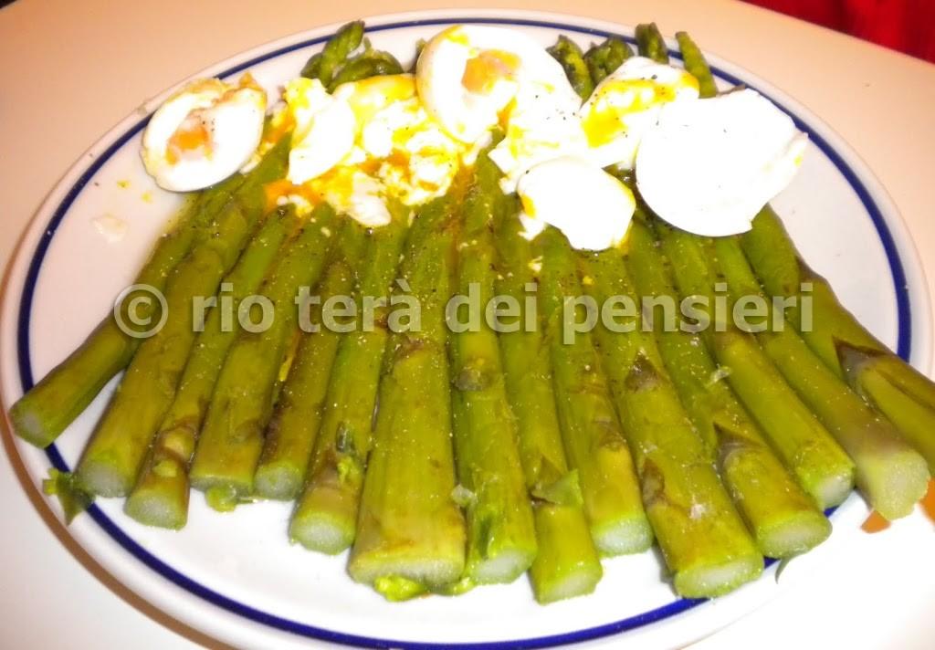 asparagi-con-uova
