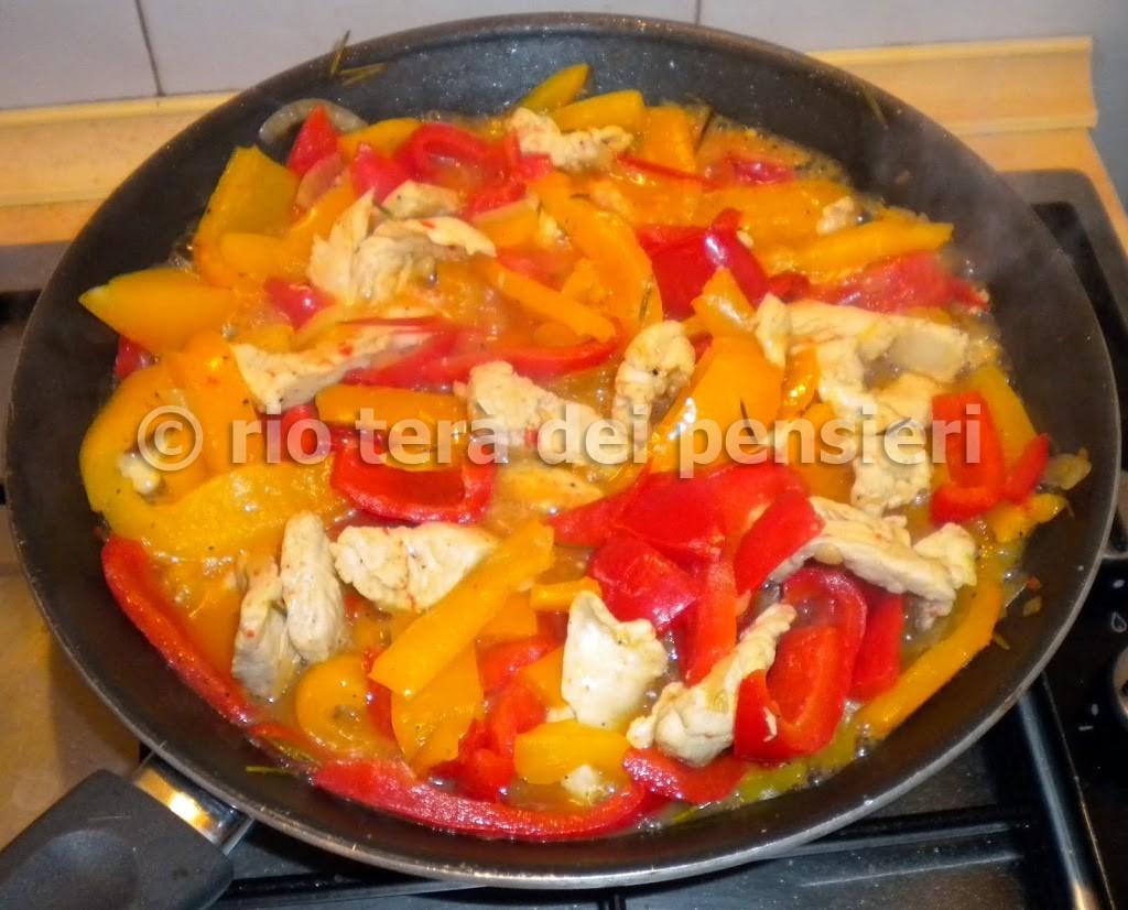pollo-2Bpeperoni