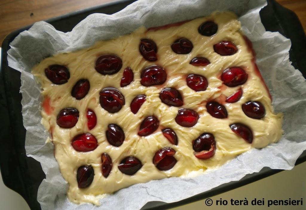 torta-ciliegie-cruda