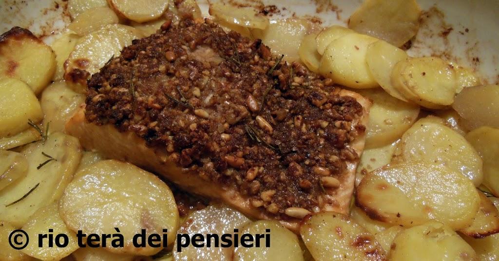 salmone-crosta-noci-pinoli
